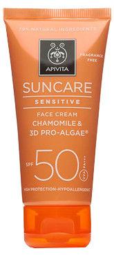 Apivita Suncare Сонцезахисний крем для чутливої шкіри обличчя з ромашкою і комплексом 3D Pro-Algae SPF50 50 мл 1 туба